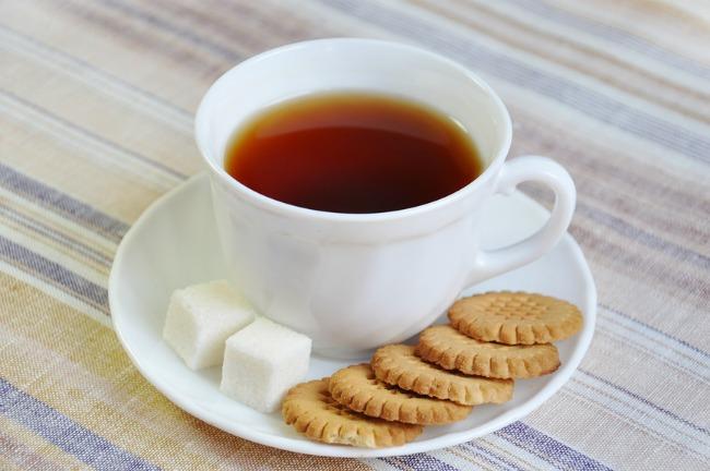 Чай с печеньками картинка
