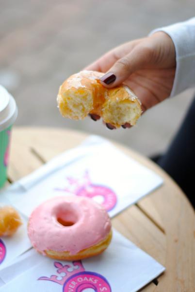 River Oaks Donuts