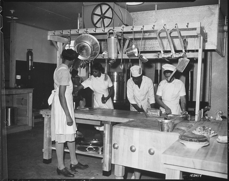 20 photos of African-American women at work during World War II